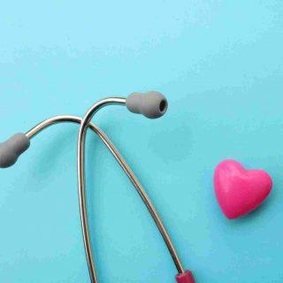 http://medquimheo.com.br/wp-content/uploads/2015/12/srce-i-stetoskop-320x320.jpg