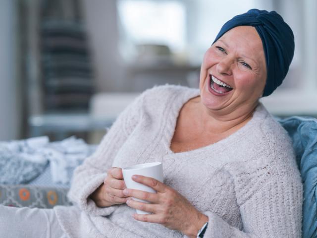 http://medquimheo.com.br/wp-content/uploads/2020/10/autoestima-e-cancer-640x480.png