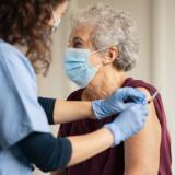 _vacina-contra-coronavirus-e-pacientes-oncológicos