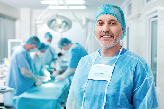 https://medquimheo.com.br/wp-content/uploads/2016/07/cirurgiao.jpg