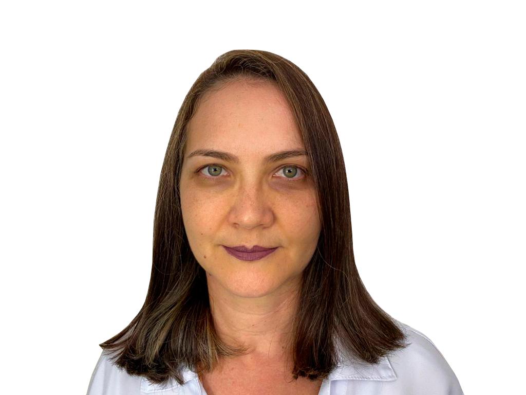 https://medquimheo.com.br/wp-content/uploads/2021/05/Fabiana-Penedo-Leme-Fundo-Branco.png
