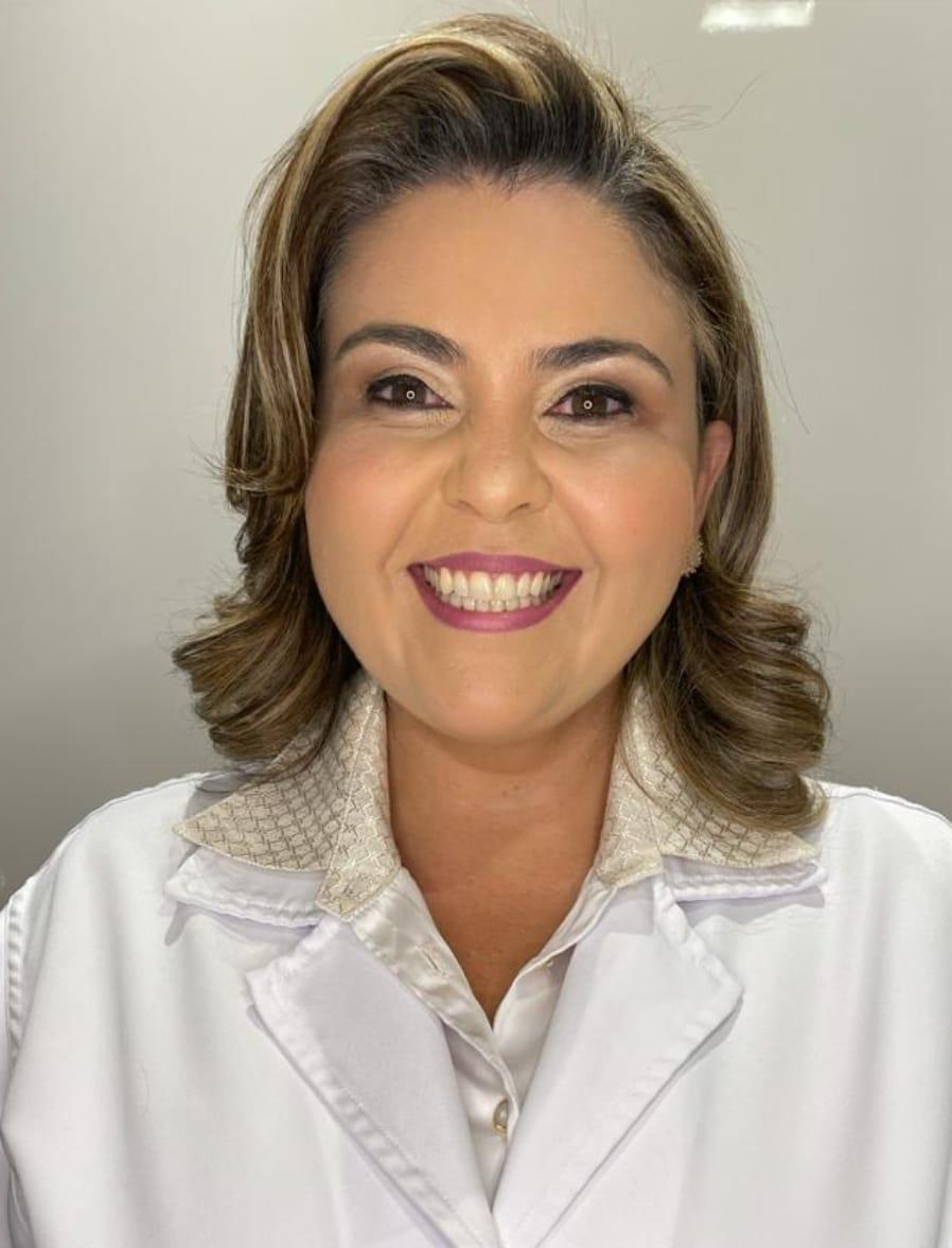 https://medquimheo.com.br/wp-content/uploads/2021/05/Prisces-Amelia-dos-Santos-Bitencourt-Amorim-Matos.jpeg